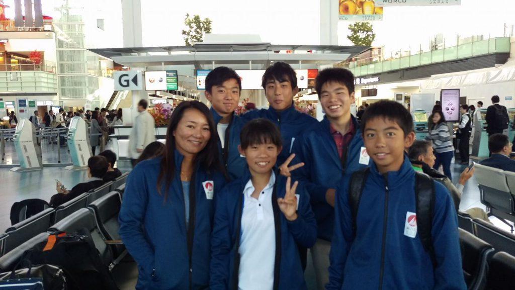 スペインへ向かうチームジャパン